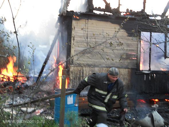 Один погибший и один пострадавший на пожаре в Золотилово